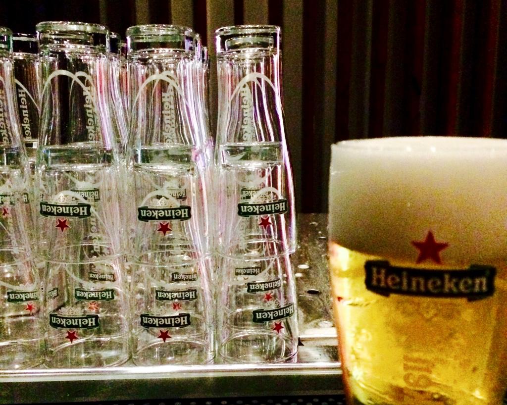 最強ビールはアムステルダムのハイネケン