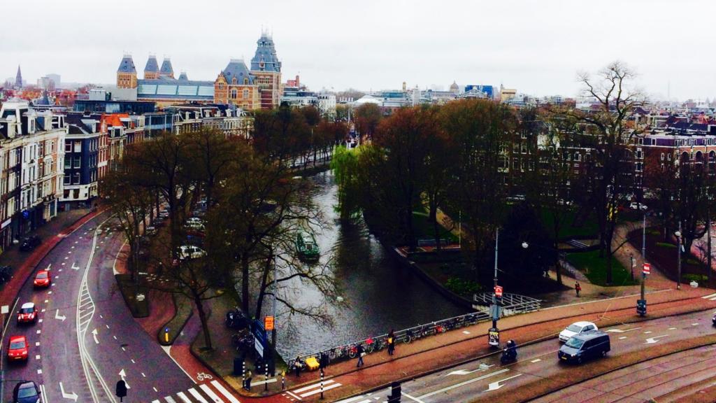 ハイネケンエクスペリエンス屋上はアムステルダムの街並みを上から見下ろせる