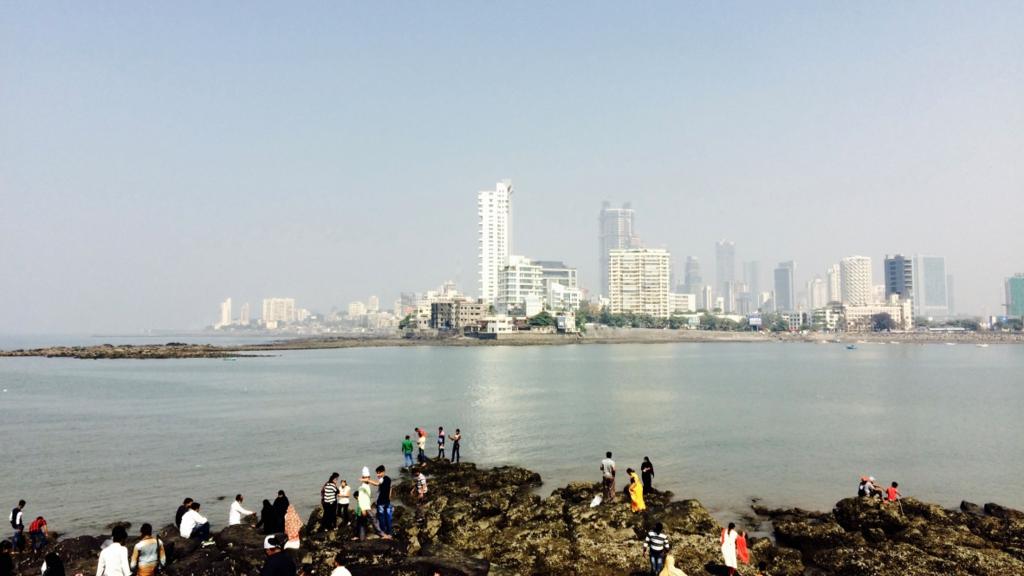 ハジ・アリ霊廟からのムンバイの風景