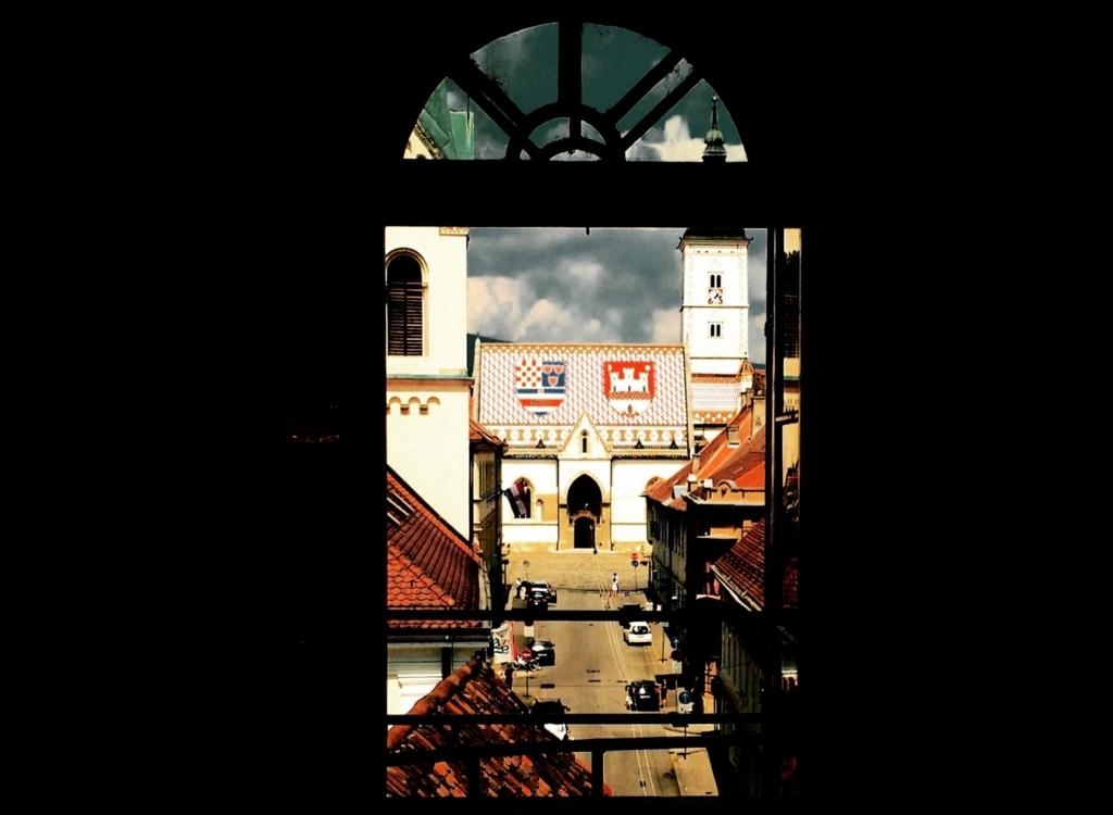 ザグレブの聖マルコ協会のおすすめアングル