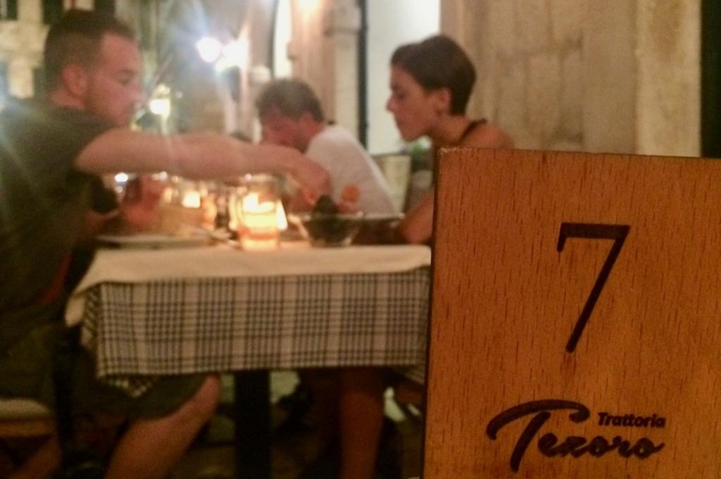 ドブロブニクのレストラン「Trattoria Tezoro」