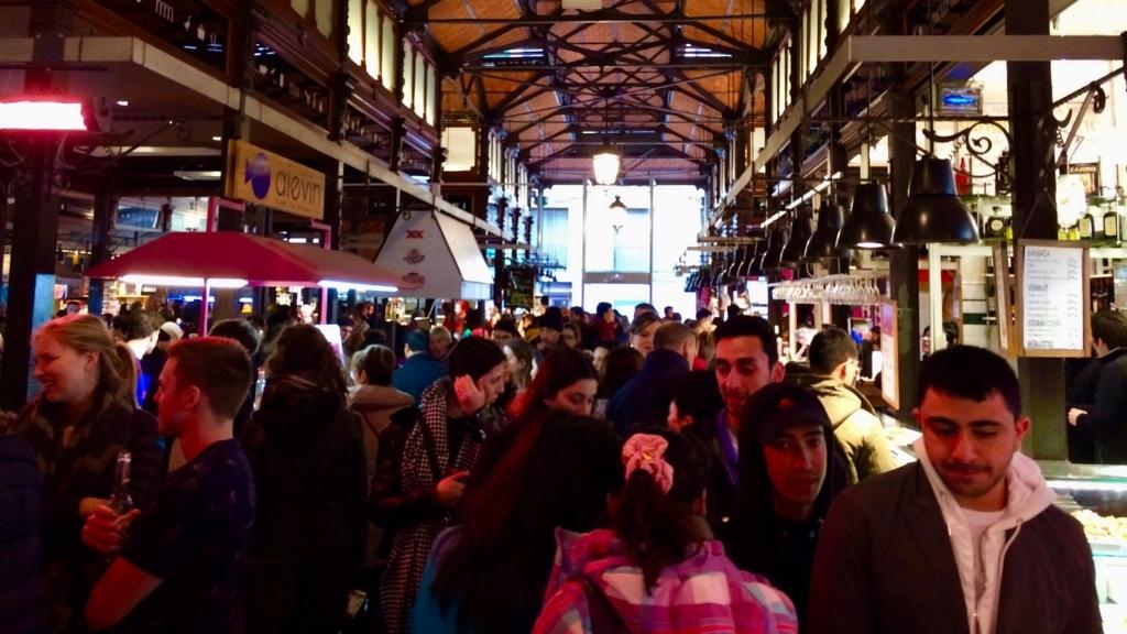 人気の「サンミンゲル市場」