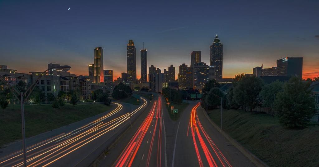 夜の街の画像