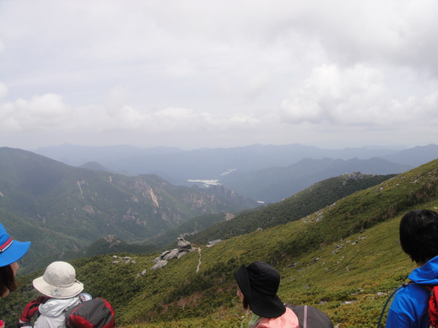 金峰山小屋と小川山