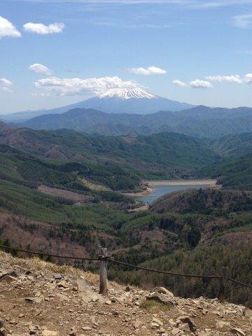 上日川ダム(大菩薩湖)