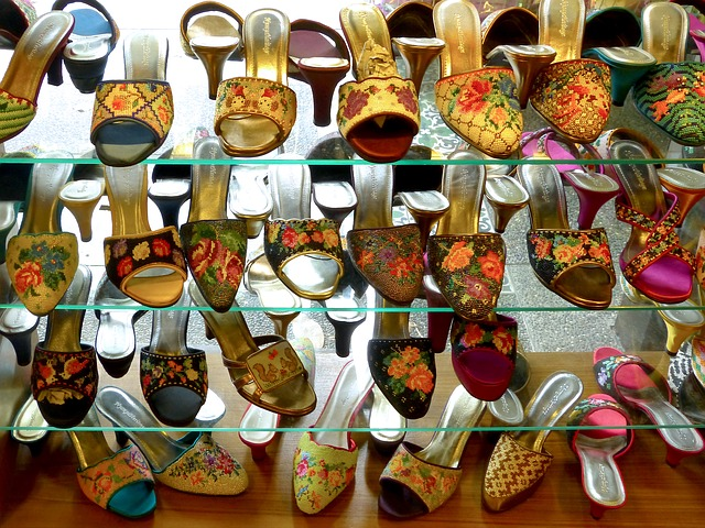 東南アジア雑貨のサンダル(シンガポール・ペラナカン文化)