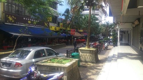 ジョホールバルの街の風景、駐車