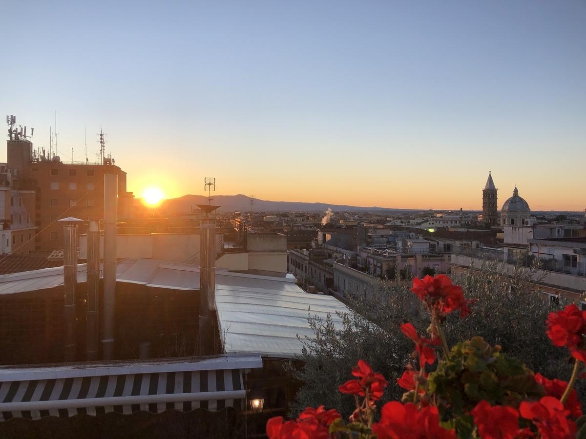 ローマのガーデン付きのホテル