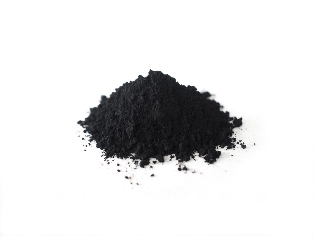 赤松炭の画像