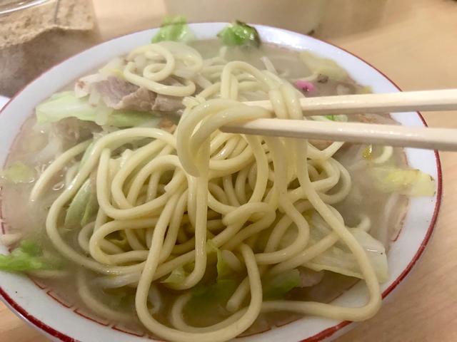 チャンポンの極太麺