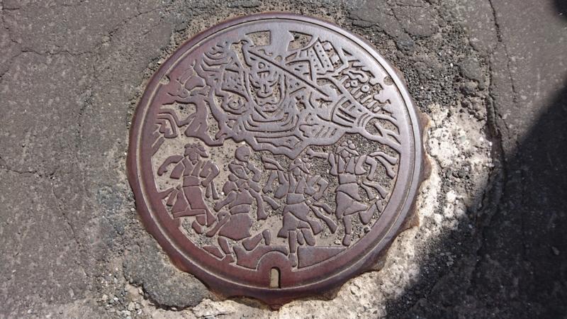 青森県青森市のマンホール(ねぶた、はねと)