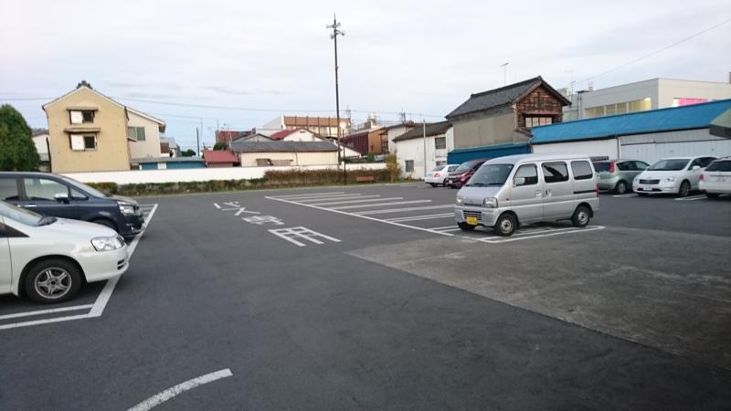 梅津会館駐車場の画像