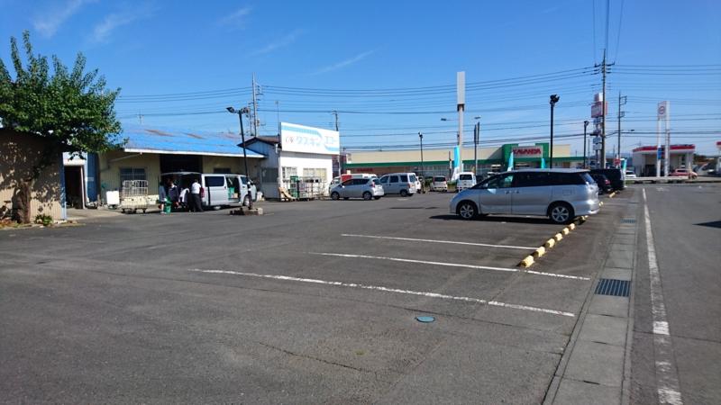 石沢地区空き店舗(旧ゲームセンター)前の駐車場の画像