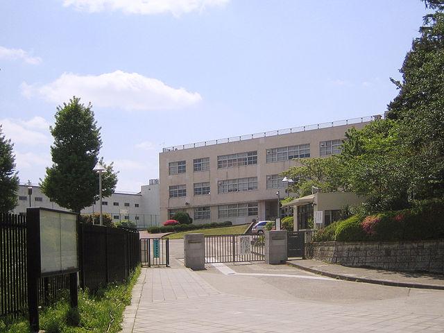 東京都共学-筑附校舎
