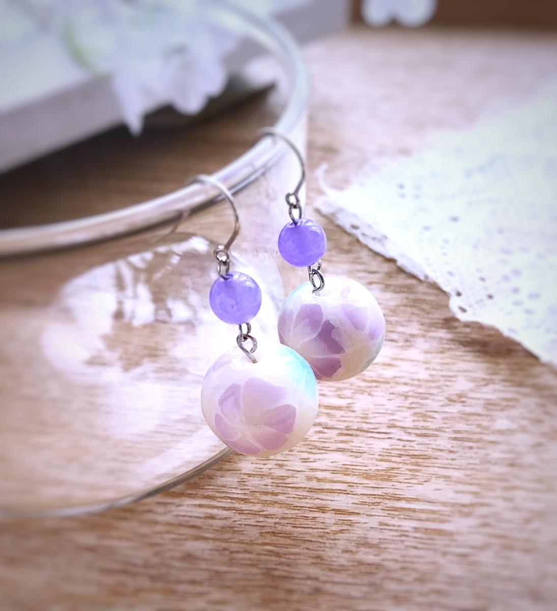 透け感 紫 ピアス