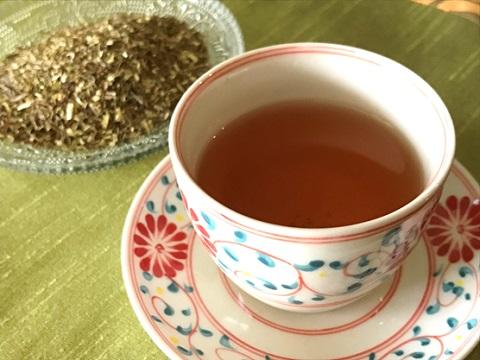グリーンルイボスティーと茶葉