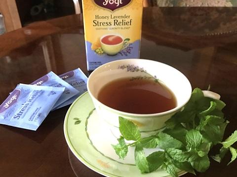 Yogi Tea ハニーラベンダーストレスリリーフ