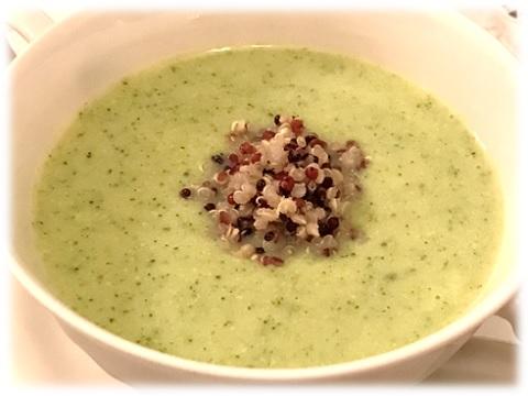 ズッキーニの冷製スープ キヌア添え