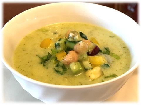 ズッキーニの冷製スープ サラダ仕立て