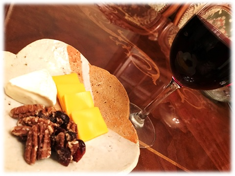 バルドスタペカンと赤ワイン