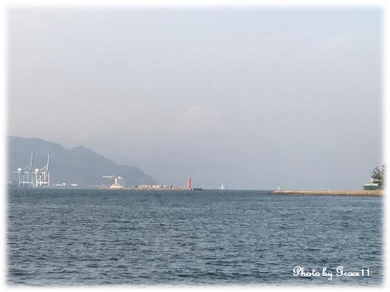 水上バスからの風景 富士山と三保松原と駿河湾