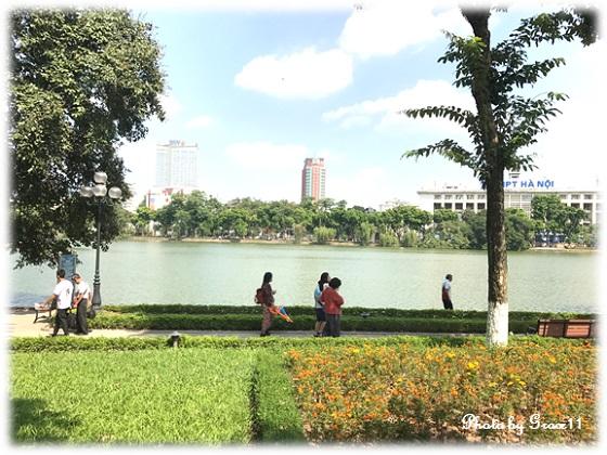 ホアンキエム湖 in ハノイ