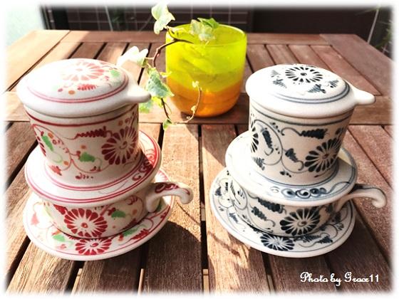 菊の花の絵柄のバッチャン焼きコーヒーフィルター