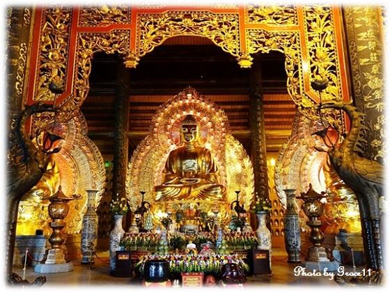 バイディン寺☆三世仏殿(本堂)