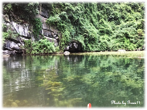 チャンアン景勝地☆手漕ぎボートでクルーズ 二つ目の洞窟へ