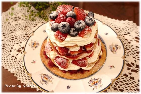 苺のオールドファッションケーキ