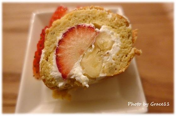 苺のロールケーキ☆愛犬のためのグルテンフリーケーキ