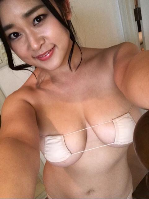 [深井彩夏][着エロ][画像][DVD][写真集][Gカップ][見えてる][成人式][セクシーショット][ビキニ]
