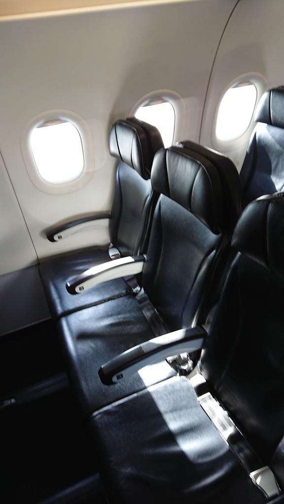 スターフライヤー SFJ32便 座席 シート ANA 全日空 NH3832便 福岡 セントレア