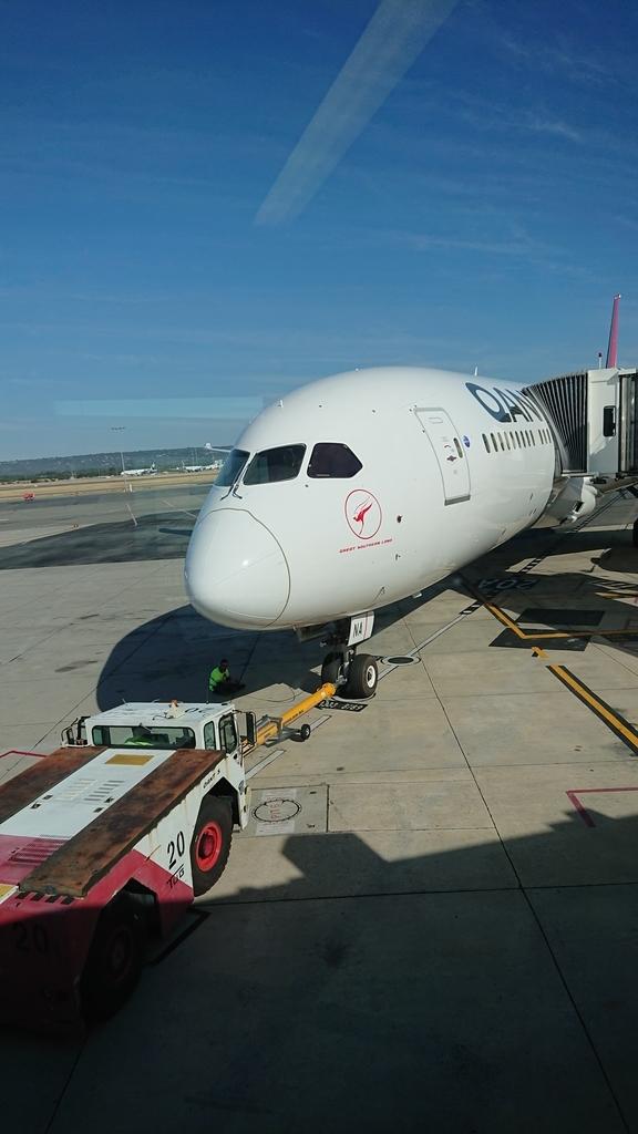カンタス航空 QF10便 B787-9 パース メルボルン