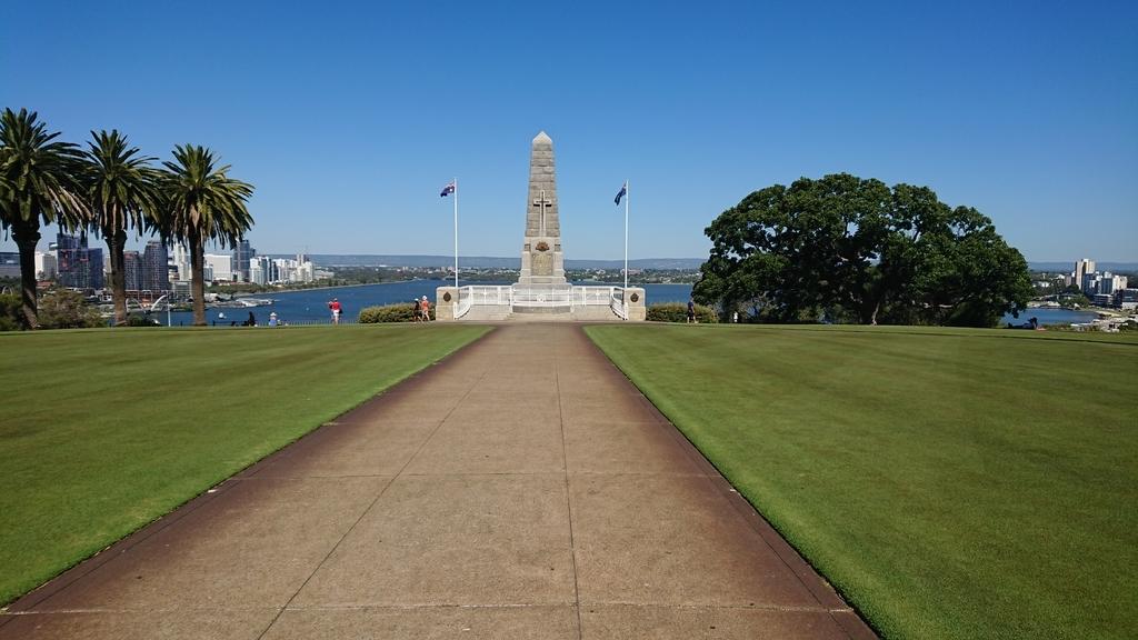 パース キングスパーク パース観光 州立戦争記念碑