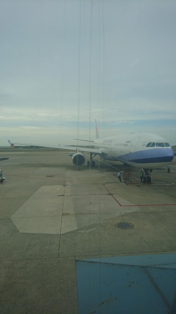 チャイナエアライン CI116便 エコノミークラス 台北 福岡 A330-300