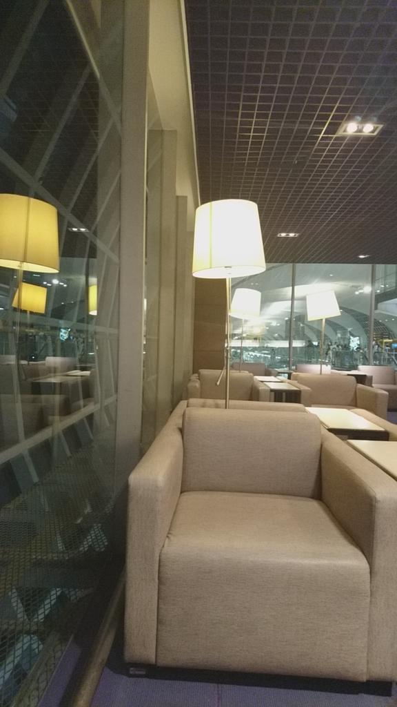 タイ国際航空 ロイヤルシルクラウンジ スワンナプーム国際空港 バンコク ラウンジ