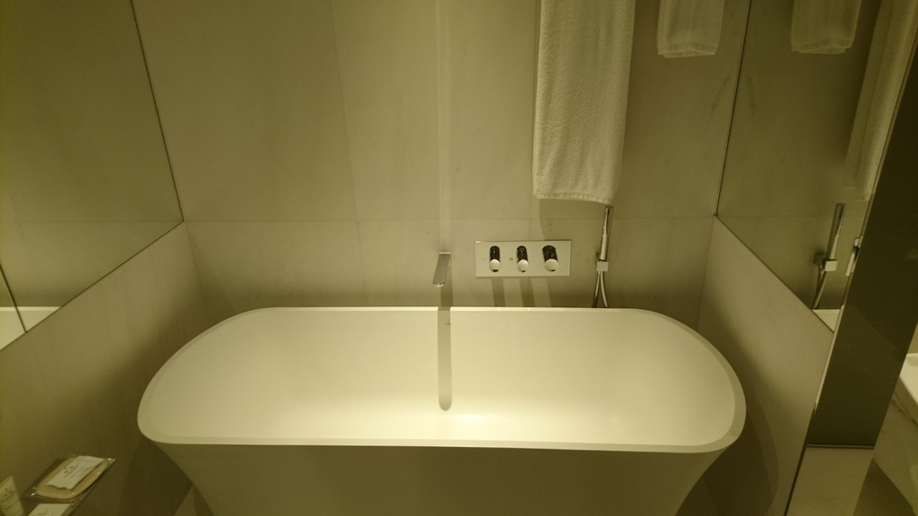 JWマリオットホテルシンガポールサウスビーチ 部 バスルーム