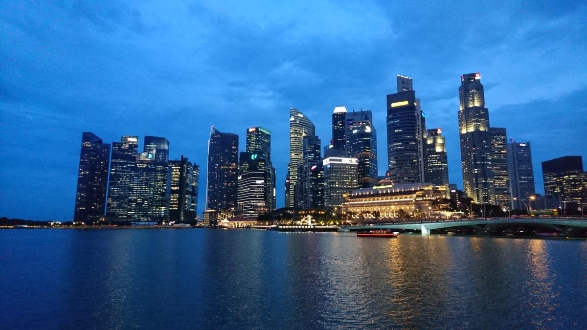 シンガポール 夜景 マーライオン Esplanade Outdoor Theatre