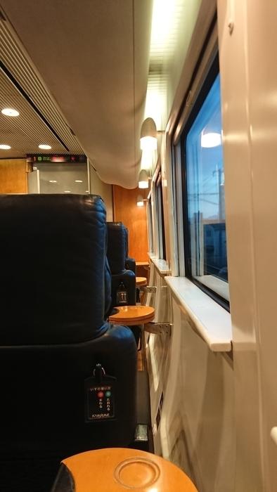 JR九州 特急ソニック44号 グリーン車 885系