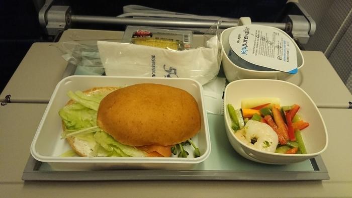大韓航空 Korean Air KE781 エコノミークラス 機内食