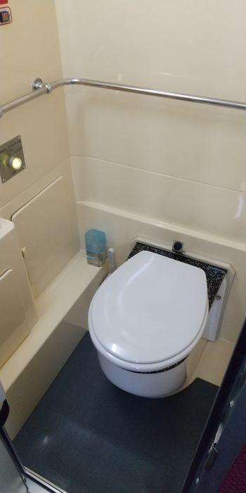 ユタカライナー エアロエース トイレ
