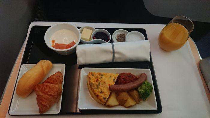ANA NH205便 ビジネスクラス 機内食