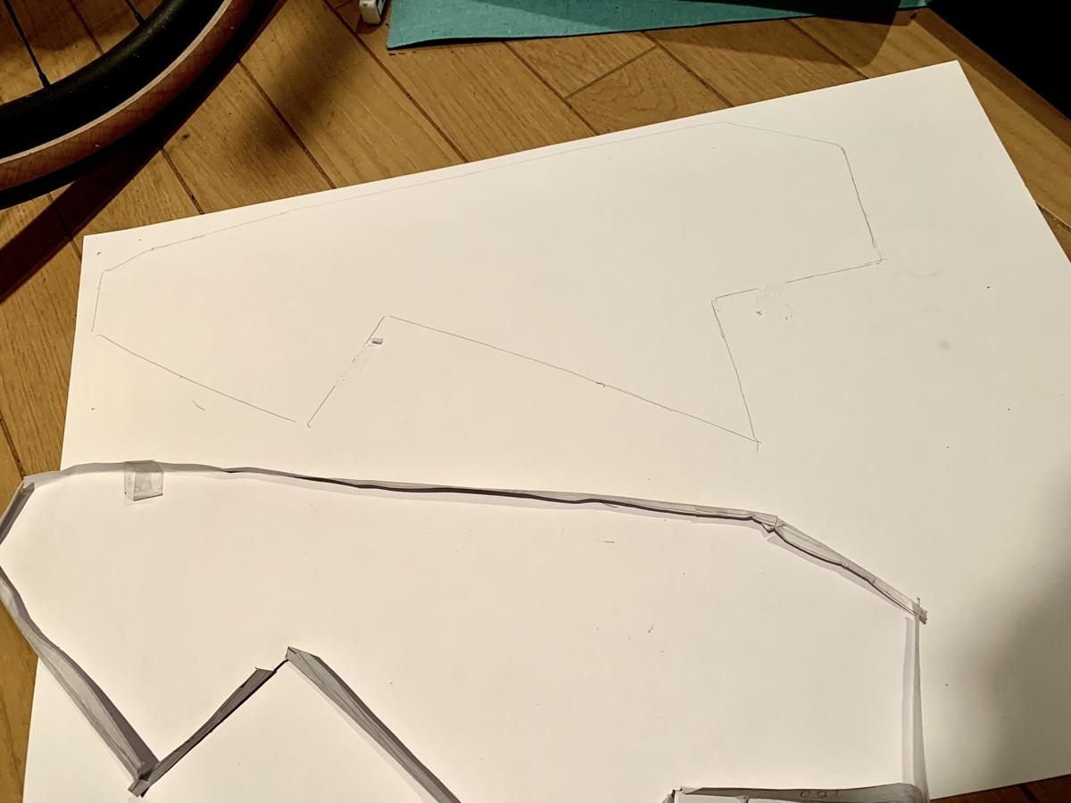 画用紙と金型