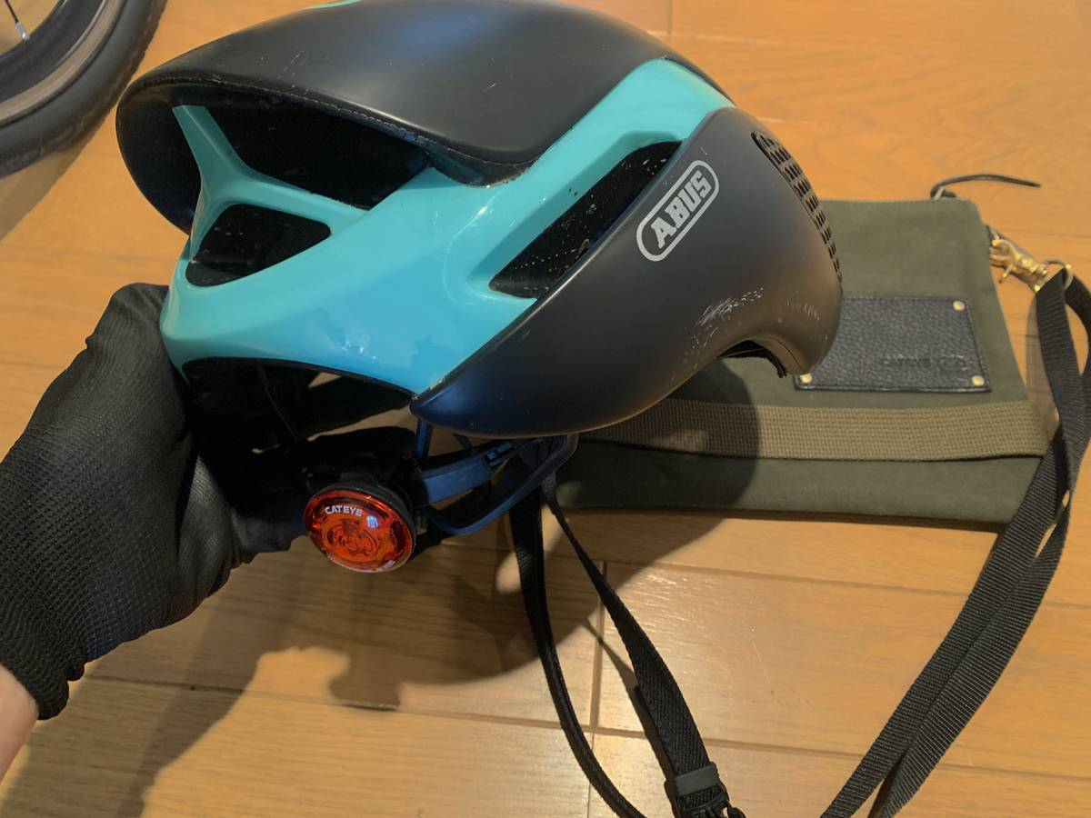 ヘルメット リアライト