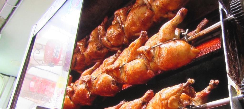 オッソ・ブラジルの鶏の丸焼き