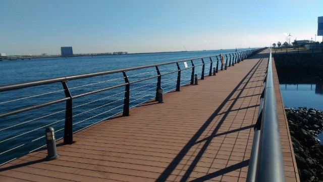 東扇島公園 海沿い