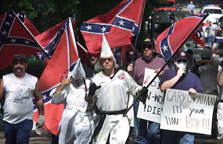 個別「KKK団(州法の規制?によ...