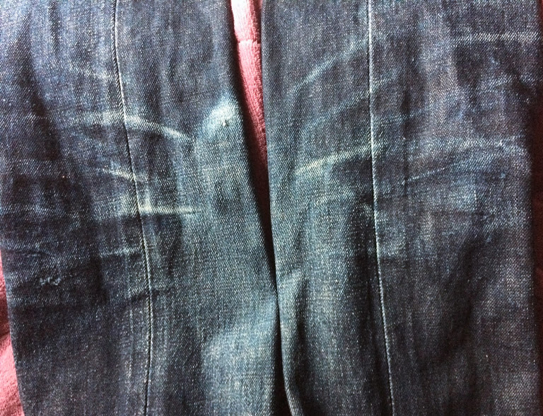 3回洗ったリーバイス501CTの膝付近