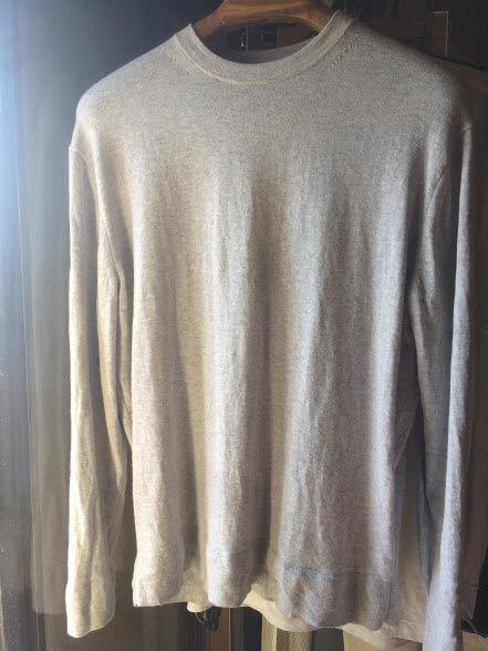ユニクロUのコットンカシミヤクルーネックセーター